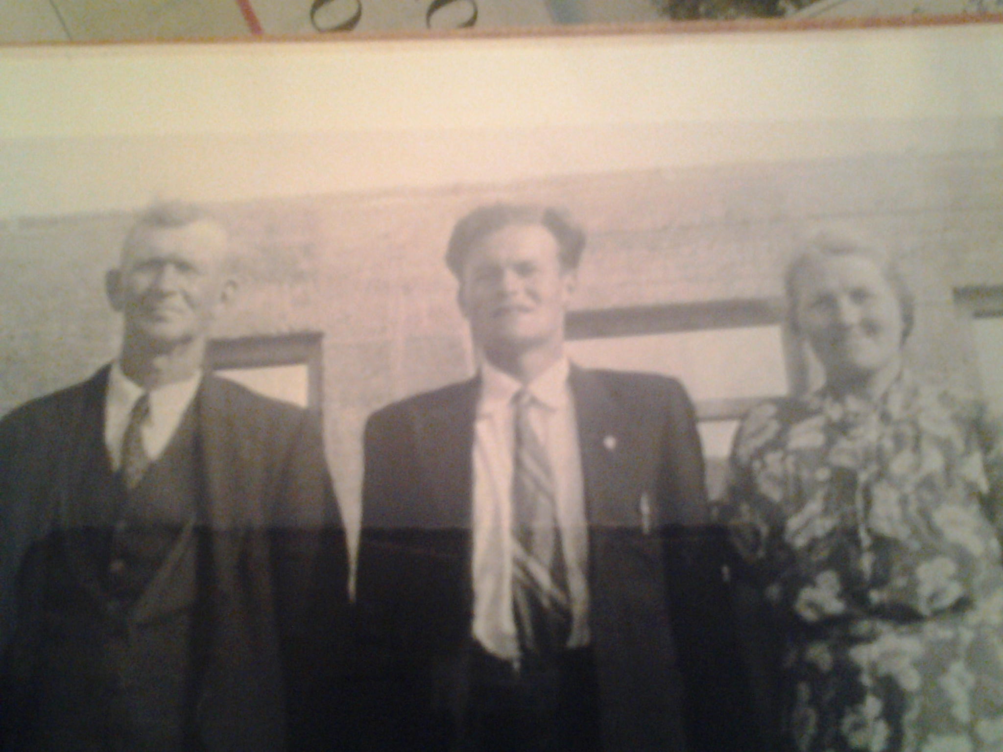 John Snr., James and Kitty Mannion, Middletown