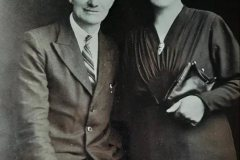 Jeremiah Mee with wife, Annie-c1930